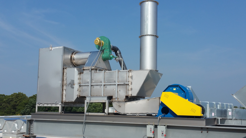 HiTemp 10,000 CFM Recuperative Catalytic Oxidizer installation on roof of manufacturing plant